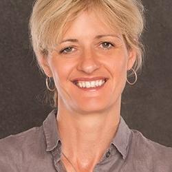 Dr Catherine  Lindon